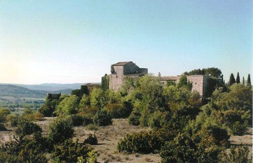 Joucas, proche de Gordes, commanderie templière en position dominante