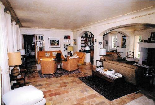 Face au Luberon, superbe maison avec parc paysager de 3100 m².