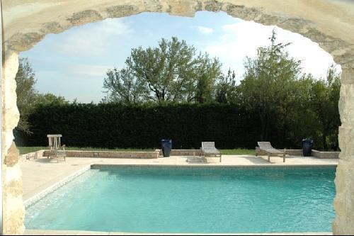 Maison proche Avignon en pierres apparentes construite à la fin du 18ème siècle