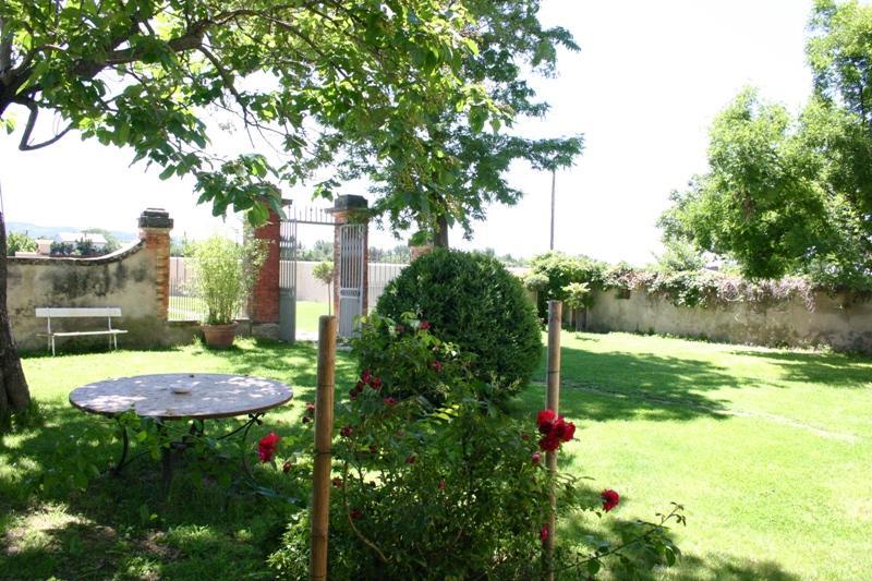 Ventes agr able maison bourgeoise du 19 me si cle au milieu des vignes du ventoux agence rosier for Jardin 19eme siecle