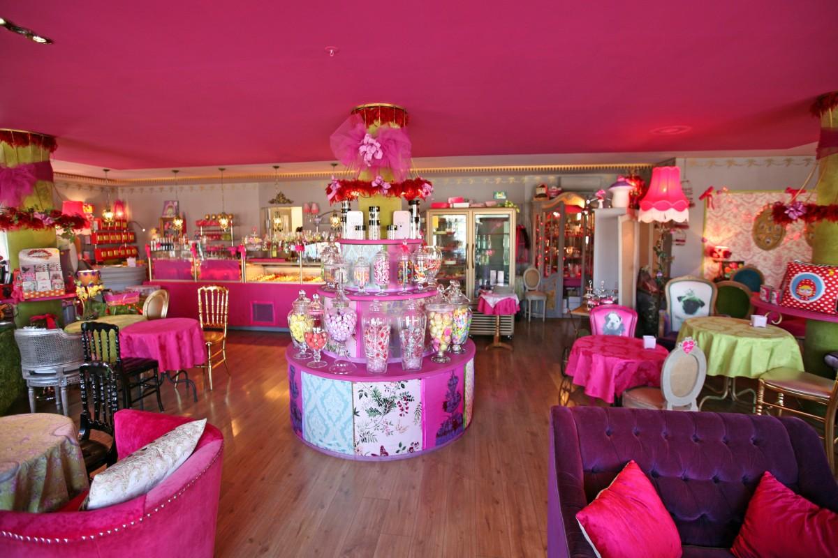 La vie en rose coustellet plaisirs gourmands en luberon for Salon de la photo