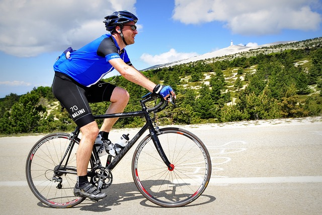 Vélo en Provence sur le Mont Ventoux - Cyclist and cycling in Provence