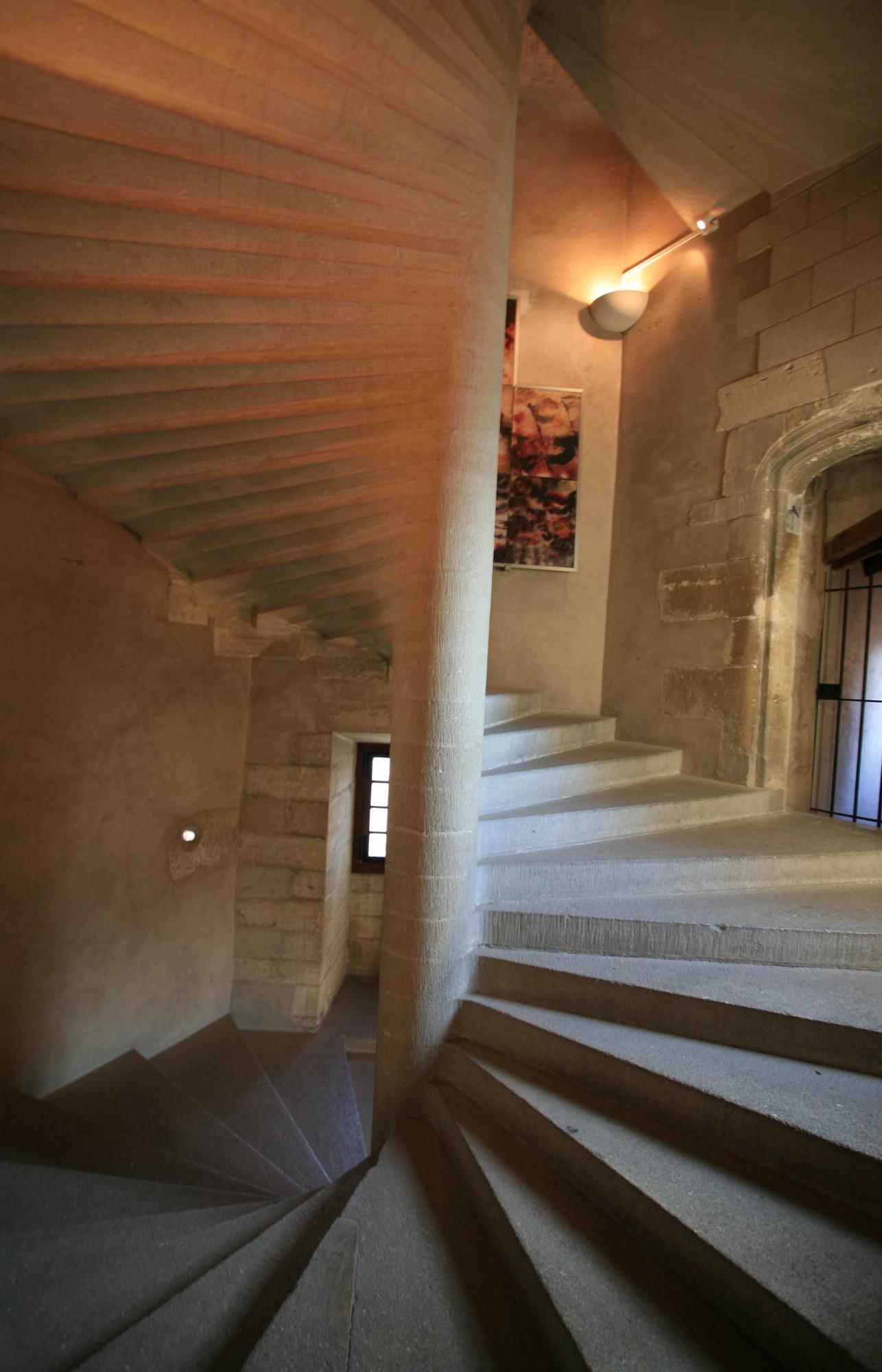 Escalier à vis, chateau de Gordes