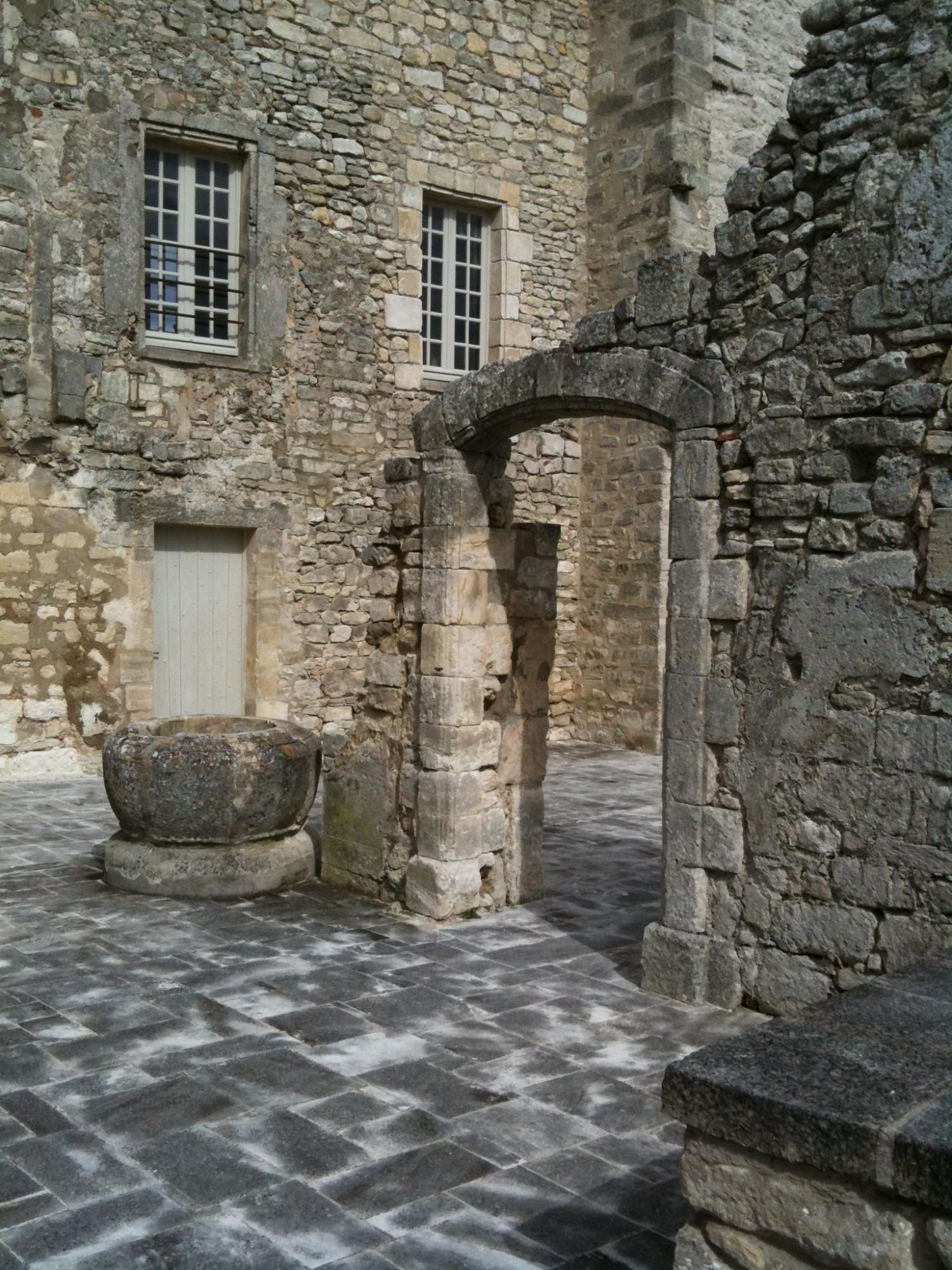 Chateau de Lacoste