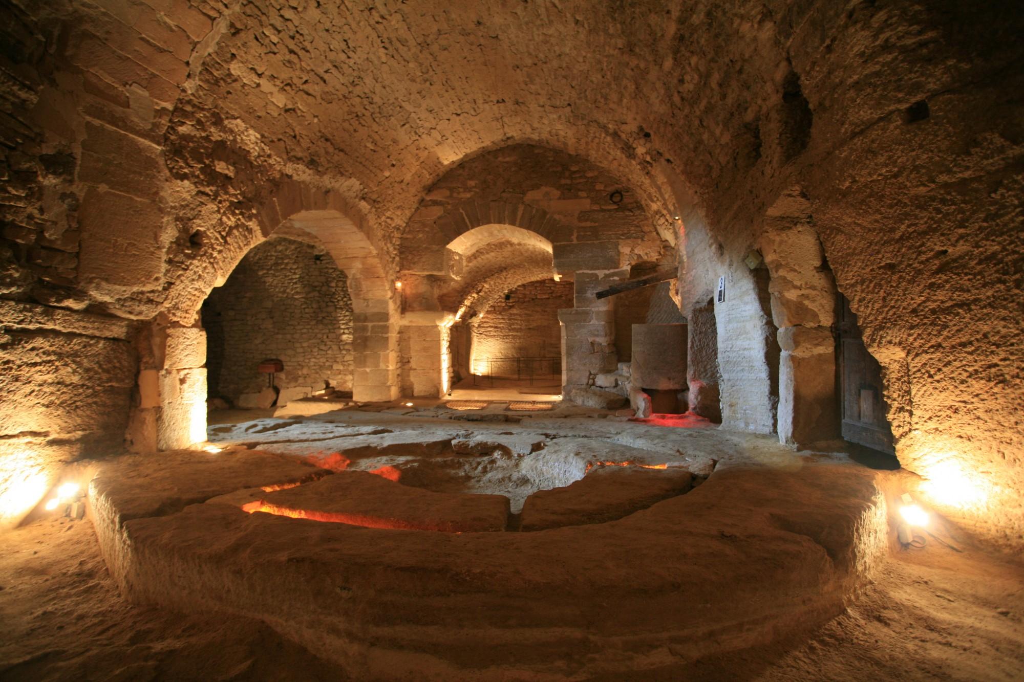 Les caves du palais Saint Firmin à Gordes