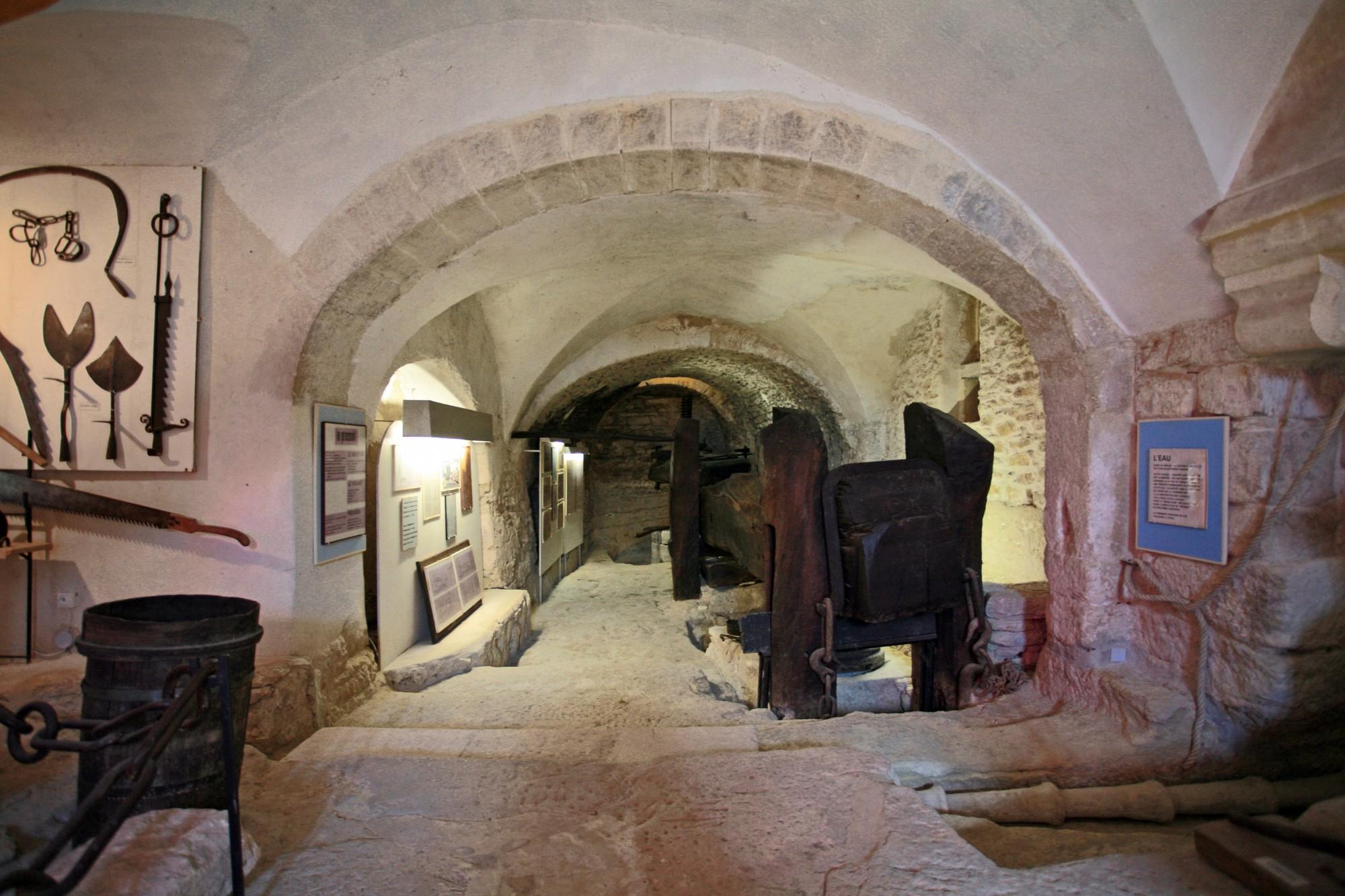 Le pressoir du moulin des Bouillons de Gordes