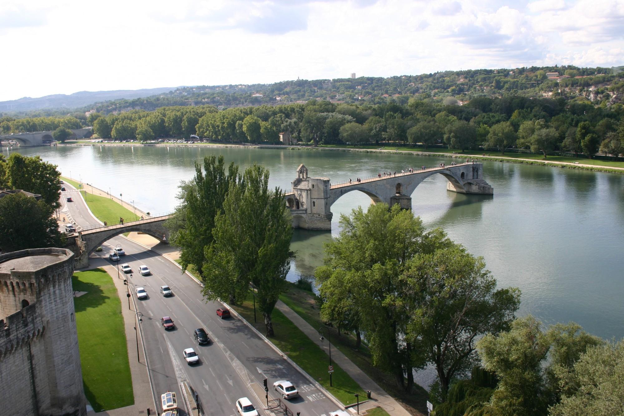Le pont Saint Bénézet ou pont d'Avignon