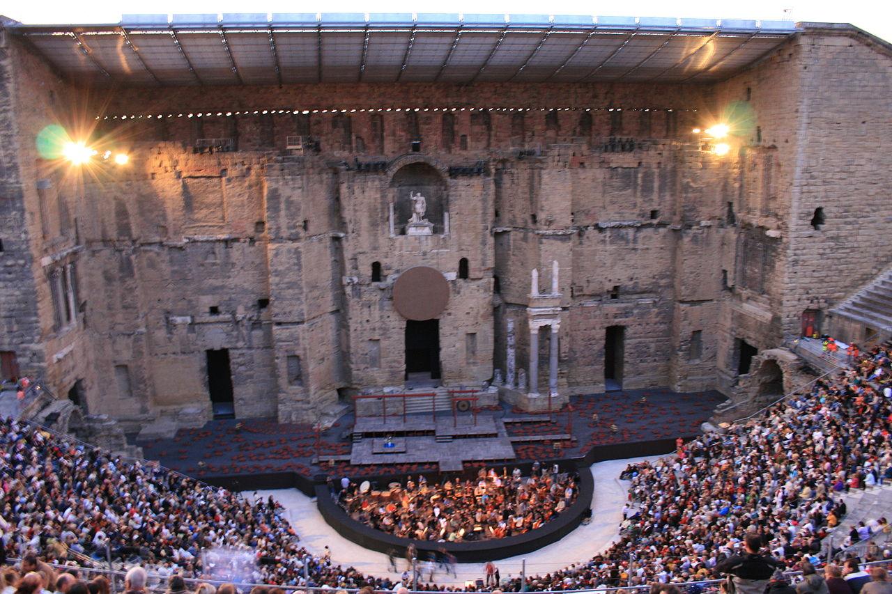 LES CHOREGIES d'ORANGE, au Coeur du Théâtre Antique, le Plus Ancien Festival de France