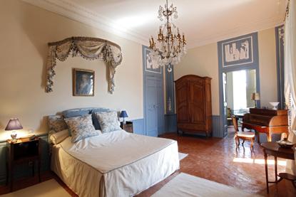 Une chambre du château de la Barben