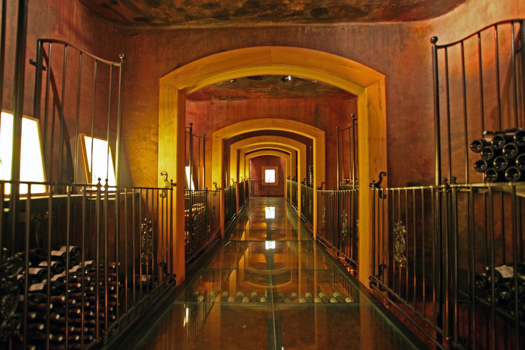 Cave de Beaume de Venise