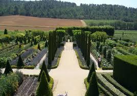 Château de Val Joanis, perspective sur le jardin