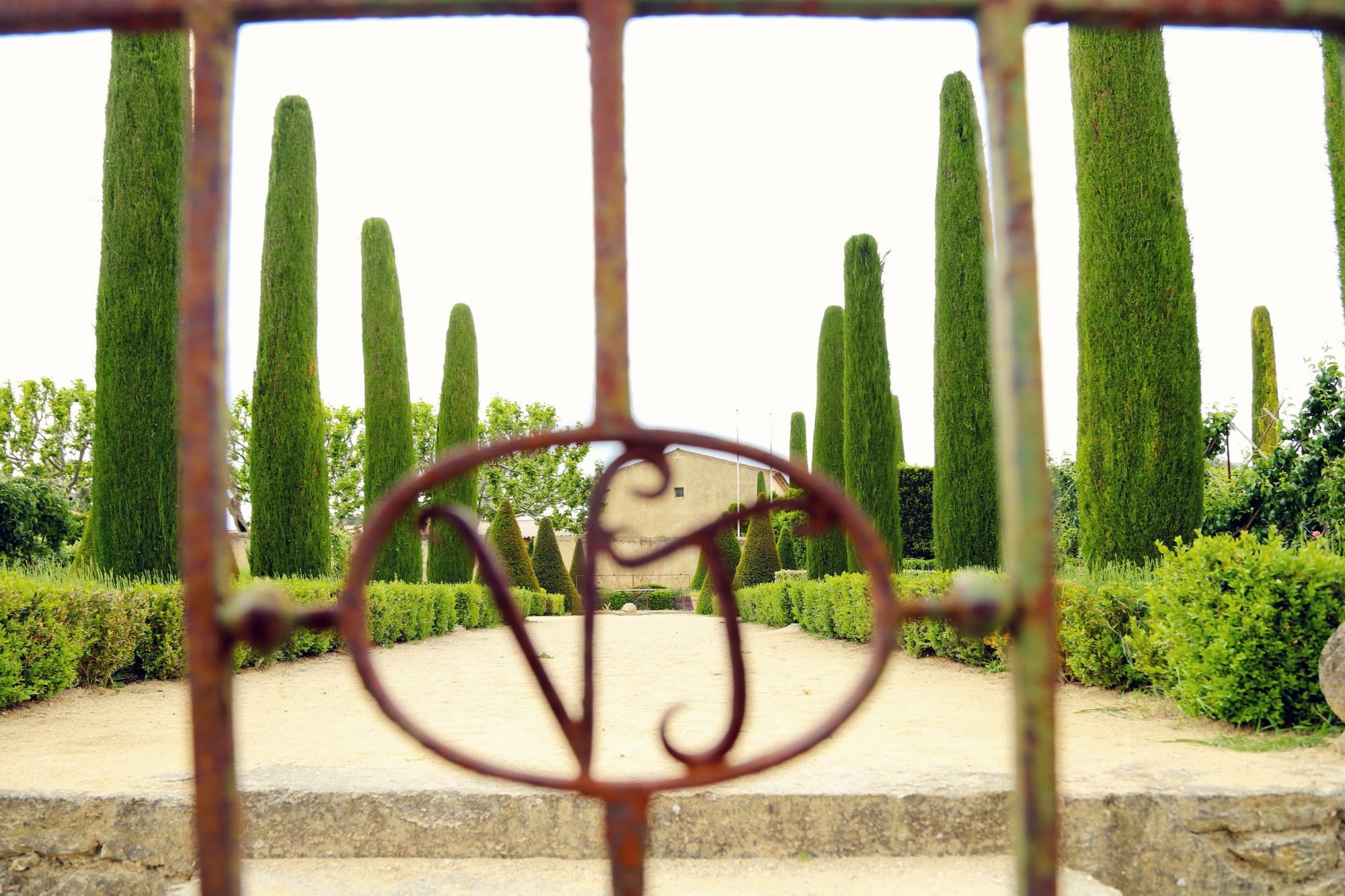 La grille du château de Val Joanis en Provence
