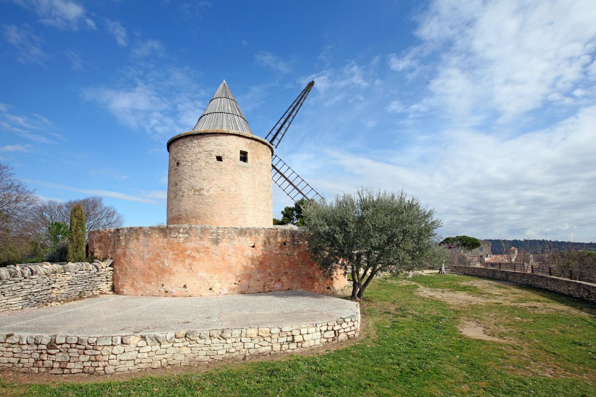 Le moulin de Jérusalem à Goult, Vaucluse
