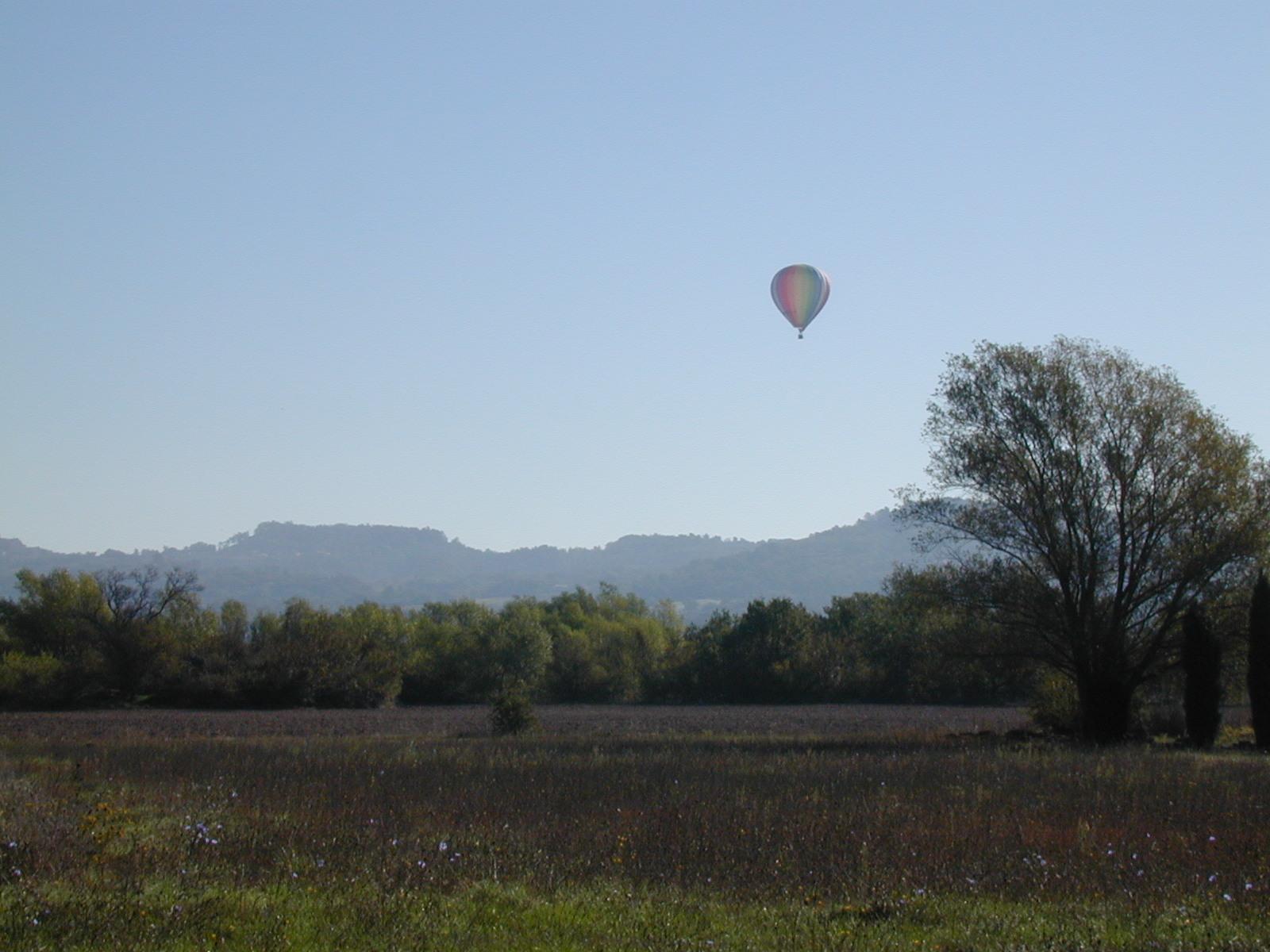 Survol en mongolfière de la vallée du Luberon