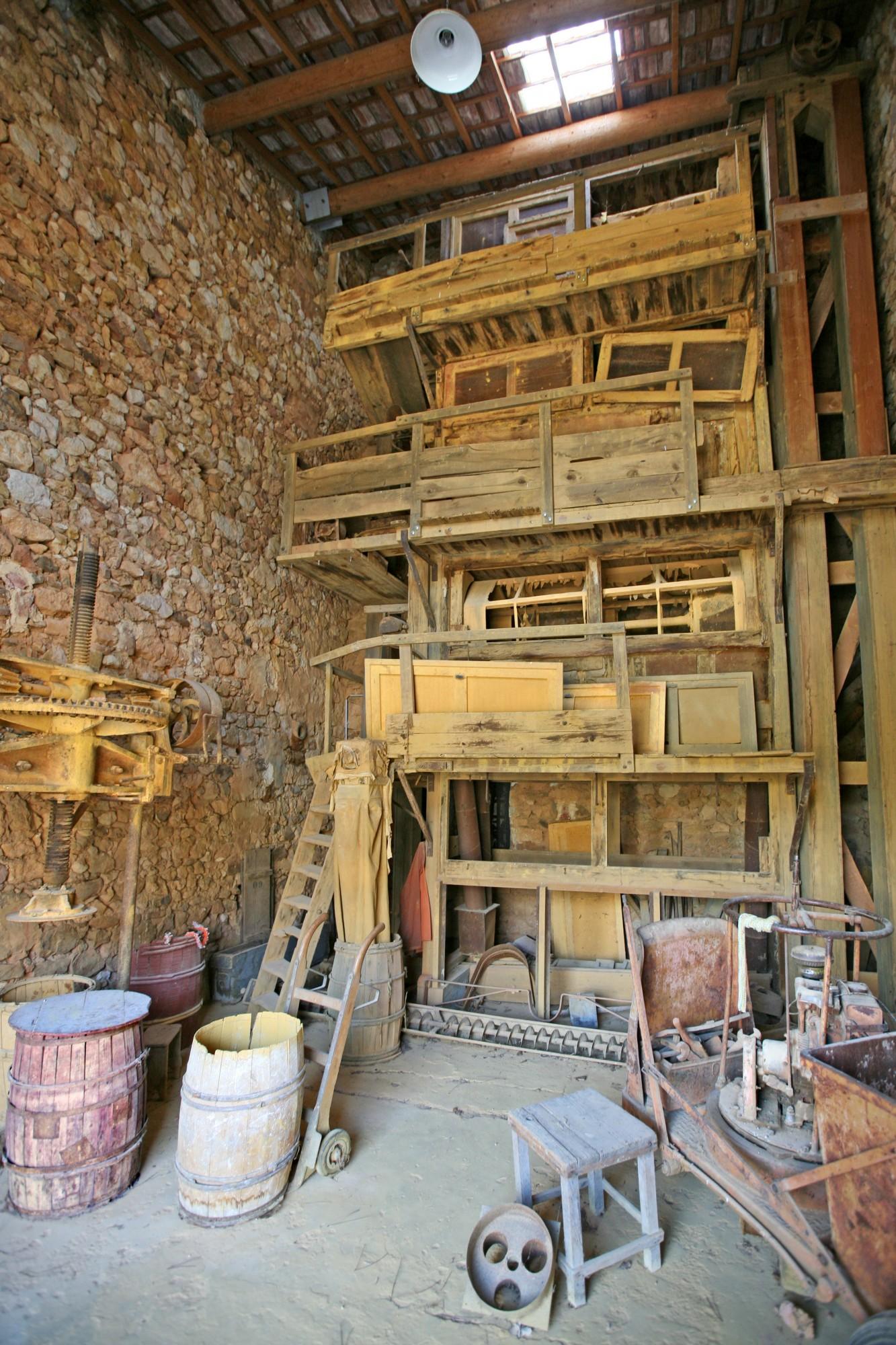 Le Conservatoire des ocres et pigments appliqués de Roussillon en Luberon