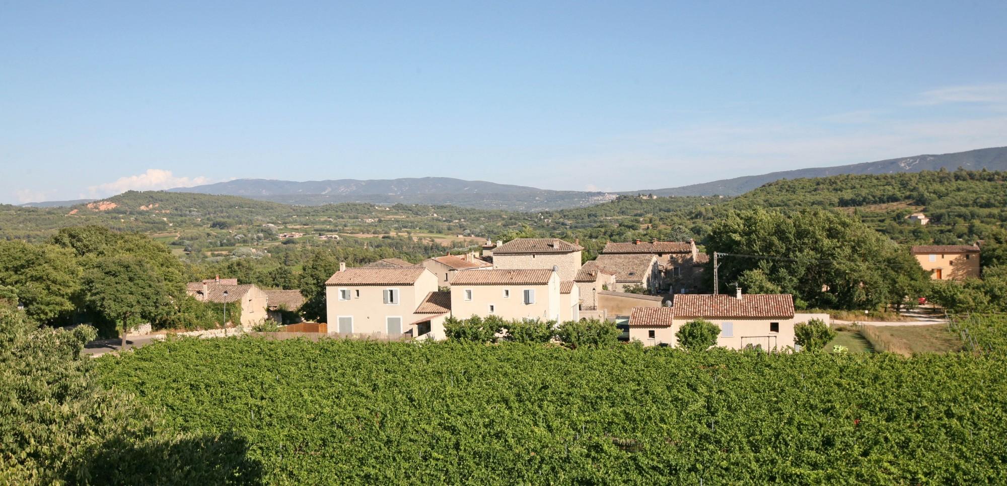 la commune de Saint-Pantaléon, 84220
