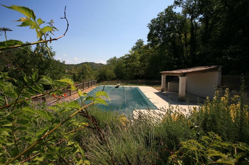 Superbe mas en Luberon sur 5810 m² boisée