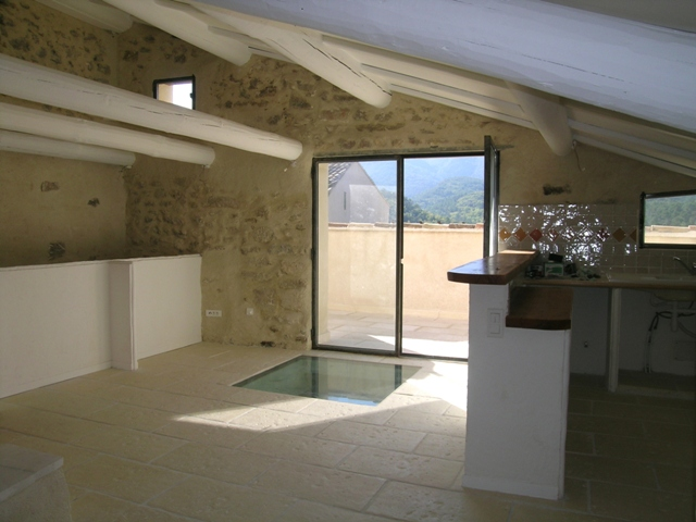 Appartement en Luberon, coeur de village