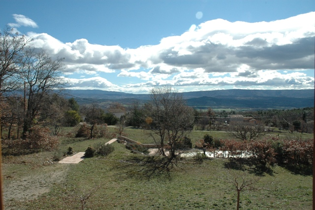 Maison en Luberon sur la hauteur avec très belle vue