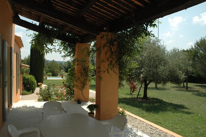 Villa en Luberon avec piscine dans parc