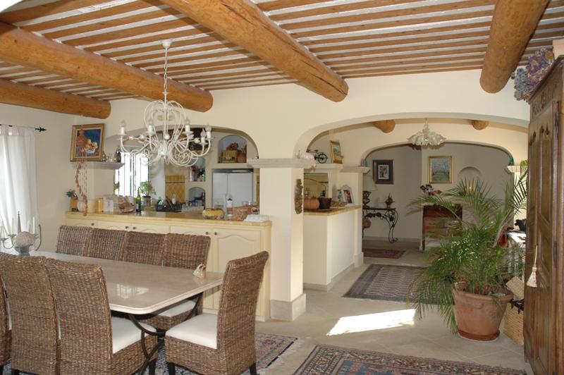 Comtat Venaissin, Propriété sur 18.500 m² en pleine nature