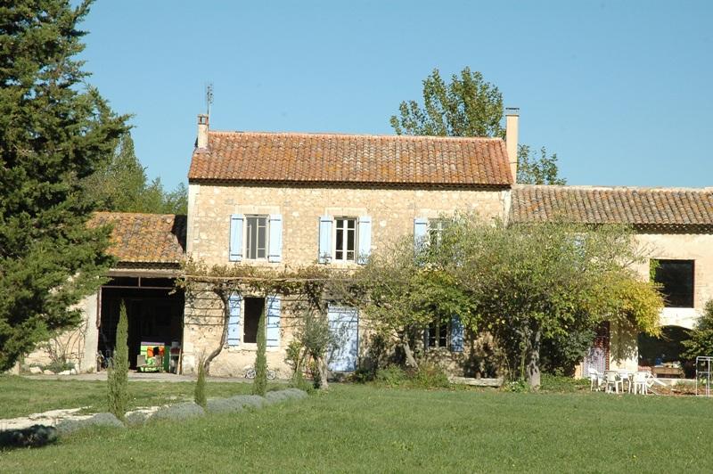 Isle sur la Sorgue, mas ancien sur 5,8 hectares