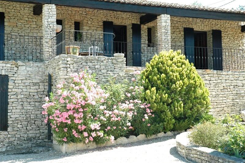 Maison en pierre en Luberon, exceptionelle emplacement  !