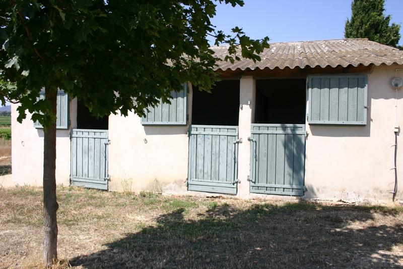 Mas en Provence a vendre avec manege et boxs a chevaux
