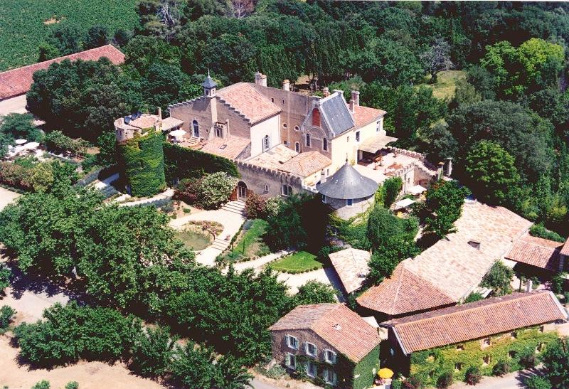 Superbe château du XIème siècle en vente dans le sud de la France