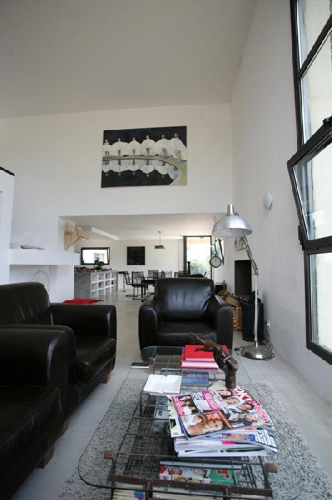 Maison contemporaine en Luberon au coeur de 6 hectares