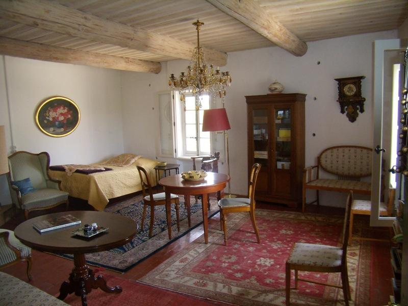 Luberon, maison de Maître en hameau avec jardin