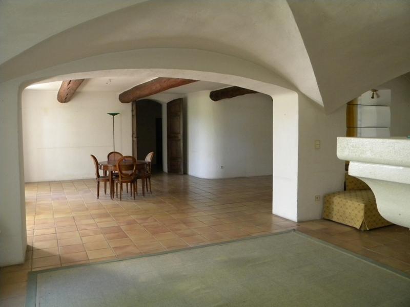 Mas du 18ème siècle restauré en Provence