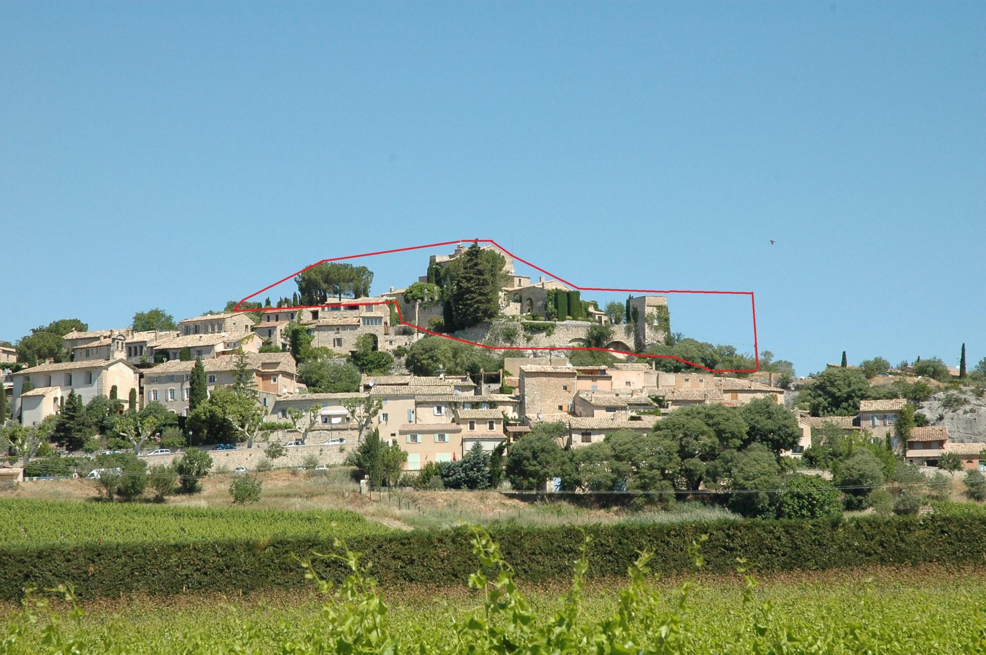 Commanderie des Templiers - Chateau de Joucas vendue par Jean-Christophe ROSIER