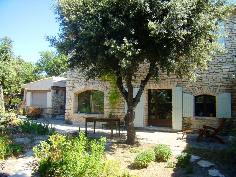 Ventes provence gordes vendre maison de hameau proven al enti rement restaur e avec - Terrain a vendre salon de provence ...