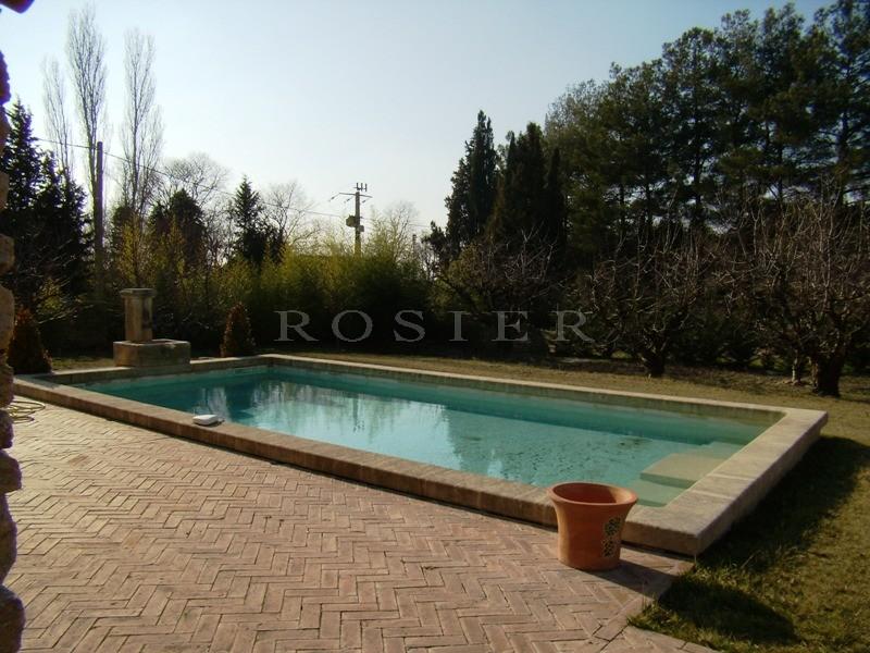 Ventes maison en pierres en luberon avec piscine et pool for Camping luberon avec piscine