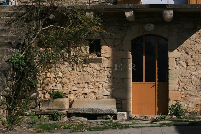 Mas ancien en Luberon avec dépendances pour habitation, commerce, restaurant ou chambre d'hôtes