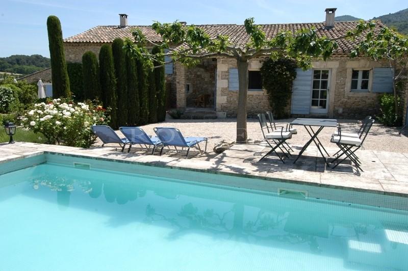 Hamlet privé avec 3 piscines en Luberon