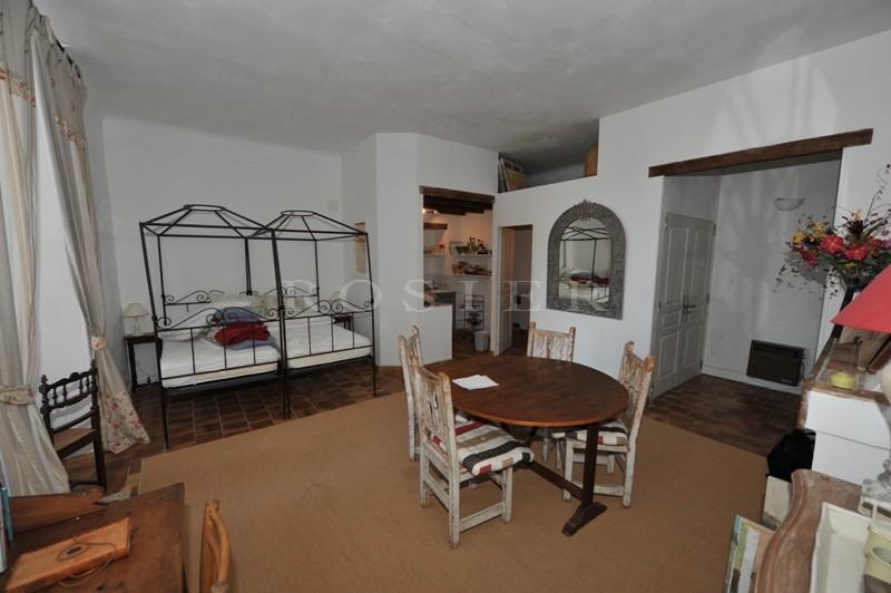 Maison de village avec possibilité de commerce en Luberon