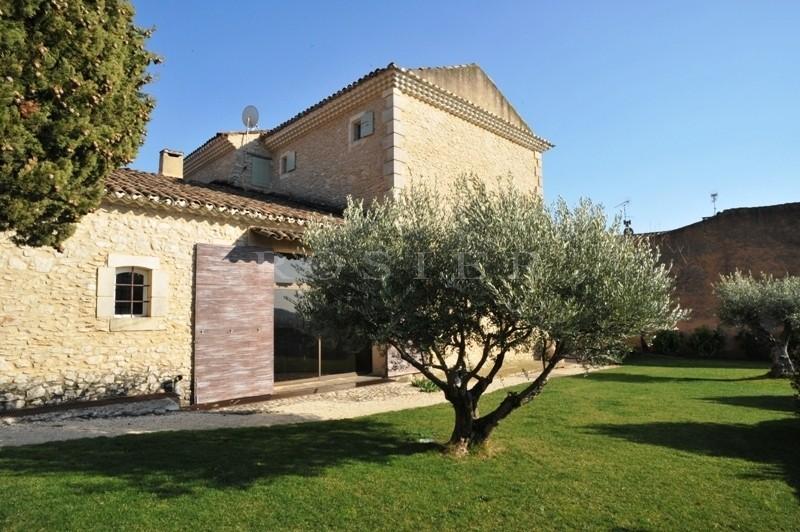 Luberon,  superbe Bastide du XVIIIème siècle et ancienne magnanerie soigneusement restaurées et rénovées