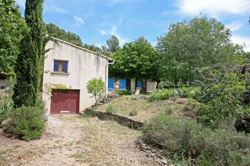 Luberon, maison en L sur un superbe terrain de 5,6 hectares