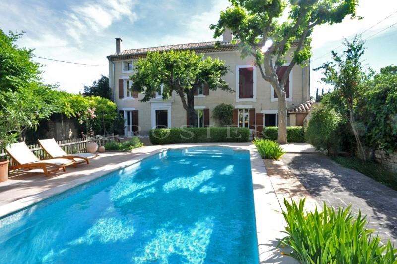 Bastide de village avec piscine en comtat Venaissin