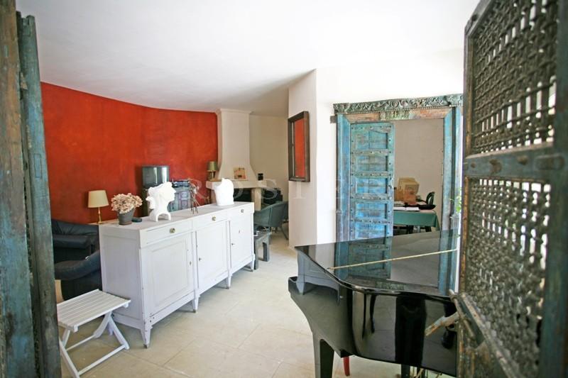 Luberon,  maison avec superbe vue sur plus de 2 hectares