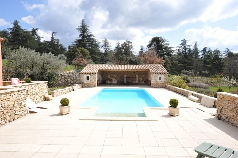 Ventes luberon villa traditionnelle avec piscine et vue for Location gites luberon avec piscine