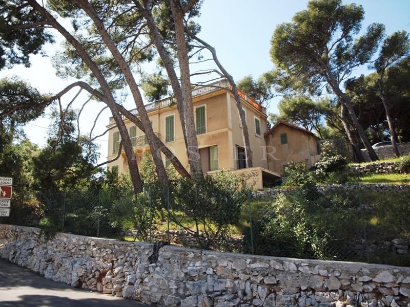 Villa en bord de mer à Cassis