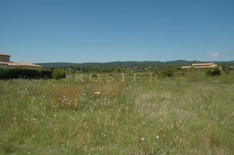 Terrain constructible à vendre proche d'un hameau du Luberon