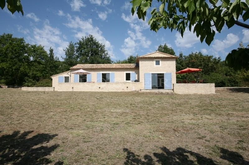 Maison en pierres vendue par ROSIER Immobilier à Gordes