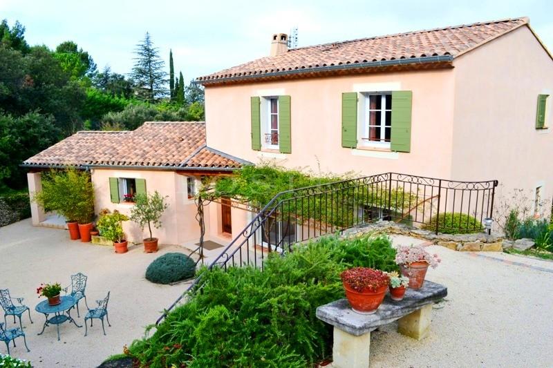 Au coeur de l'un des plus beaux villages de France,  maison traditionnelle de qualité à vendre