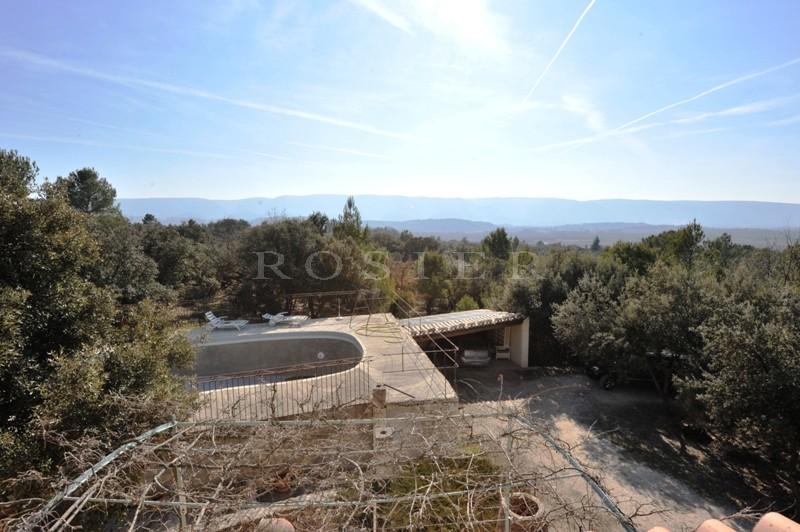 Proche Gordes :  Maison récente avec piscine en Position Dominante Face au Luberon