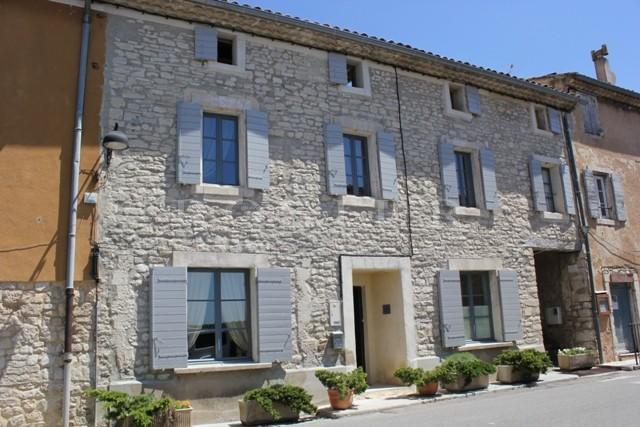 Coeur du Luberon - belle maison de village