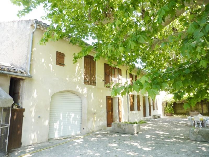 Luberon, à vendre, très rare moulin à eau, à rénover, plein de charme avec un beau potentiel.